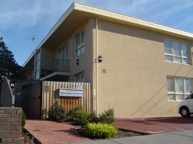 4/24 Southampton Street Footscray